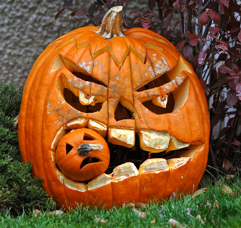 Halloween | LobeStir